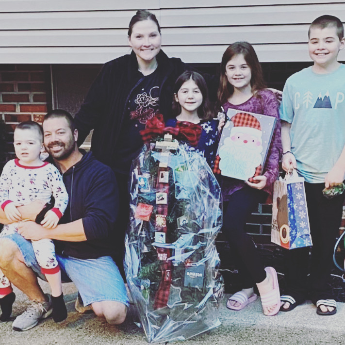 🎅🏼 BIANCA'S KIDS PROVIDES CHRISTMAS SURPRISE FOR MOTHER OF 4 BATTLING STAGE 4 CANCER 🎅🏼